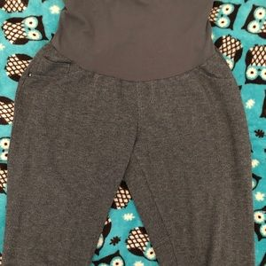 Soft and stretchy maternity pants